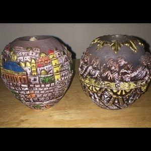 2 candles with etched town of Jerusalemlast supper